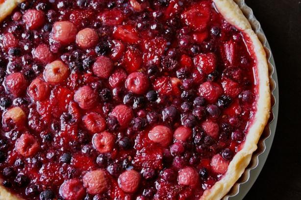 saskatoon berry pie | eating with S.O.L.E.